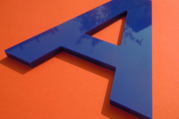 Acrylbuchstaben