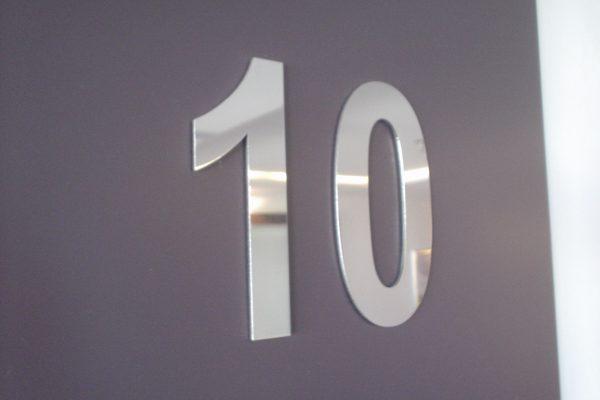 Buchstaben aus Edelstahl 1mm